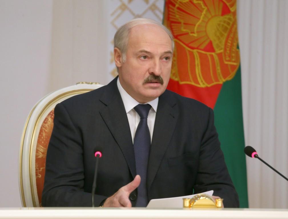 Фото БелТА Александр Лукашенко на совещании по экономическим вопросам.