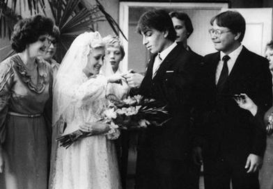 Объявляем конкурс старых свадебных фото