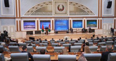 Александр Лукашенко встретился с представителями крупнейших СМИ