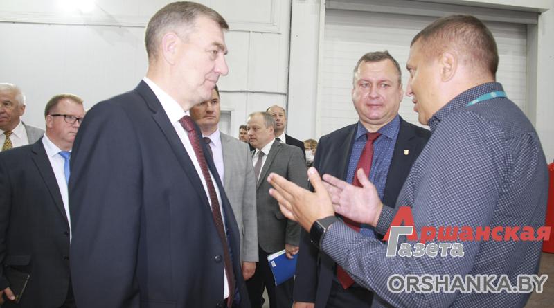 Вице-премьер Юрий Назаров посетил промышленные предприятия в Орше