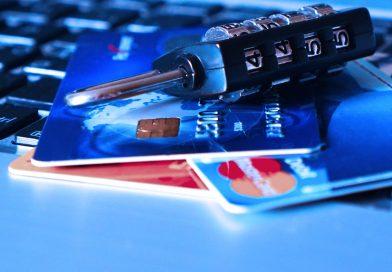 За сутки у семи оршанцев с банковских карт сняли крупные суммы денег