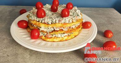Кабачковый торт с красной рыбой