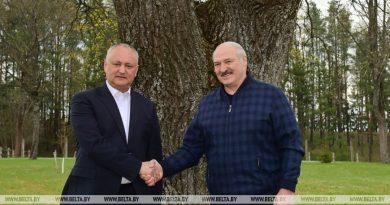 Неформальная встреча Лукашенко с Додоном: поговорили по душам, обсудили санкции, политику