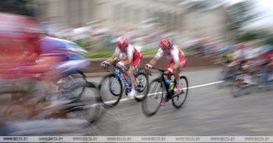 Татьяна Шаракова и Евгений Королек выиграли золото чемпионата Беларуси по велоспорту на шоссе